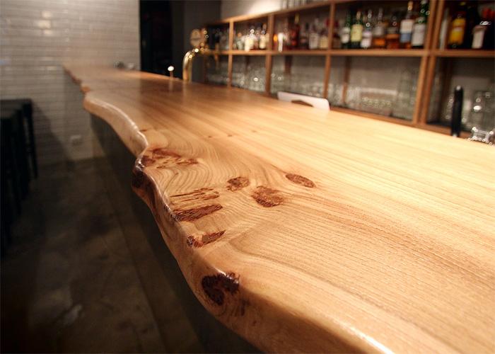Столешница из необрезной доски фото столешница для белой кухни форум